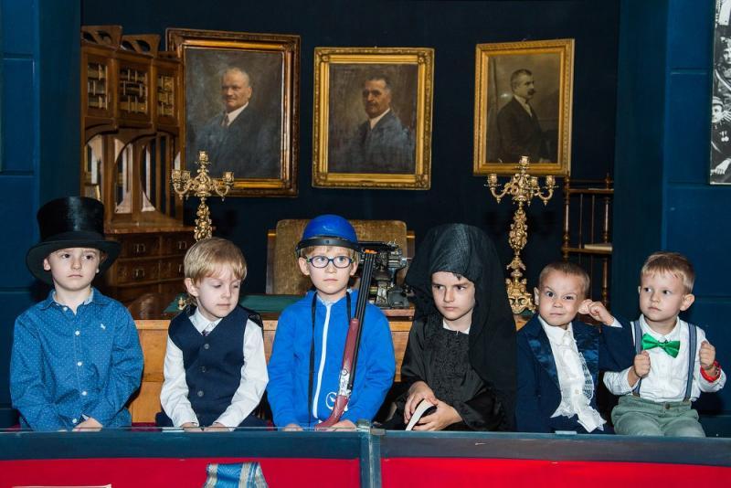 Proiecte educaționale dedicate Aradului și Centenarului Marii Unirii, premiate de către Ministerul Educației Naționale