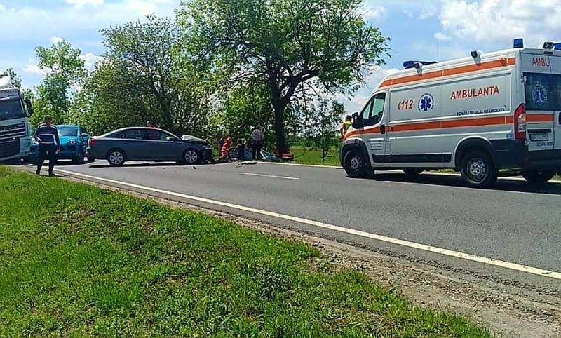 GRAV accident rutier lângă Domeniul Lupaș. O persoană este încarcerată
