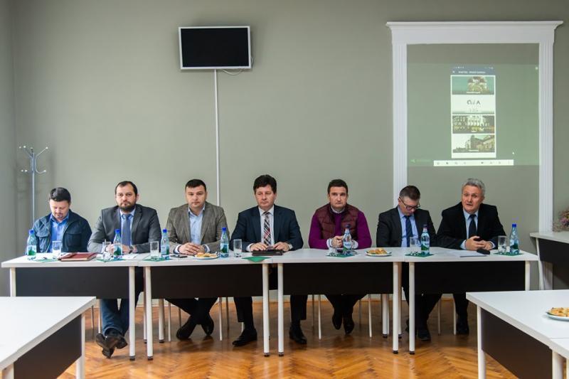 """Sergiu Bîlcea, vicepreşedinte al Consiliului Judeţean Arad: """"Arad City Guide oferă informaţii despre evenimentele care au loc la Arad"""""""