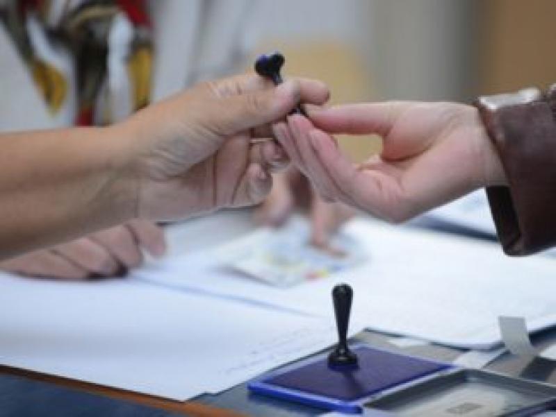 România votează! Prezența la europarlamentare la ora 15