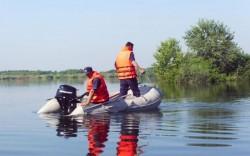 Un bărbat de 64 de ani din Bata este căutat de scafandri, în apele râului Mureș