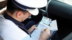 Un tânăr de 30 de ani din Pecica prins la volan, fără permis