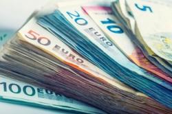 Curs valutar 17 mai 2019. Euro a crescut din nou