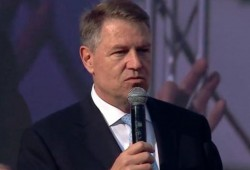 "Klaus Iohannis a ironizat sloganul PSD - ""România merită mai mult"""