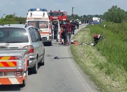 Biciclist GRAV accidentat după ce a fost lovit de o mașină, lângă Moara cu Noroc