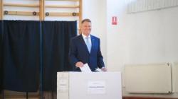 Klaus Iohannis: Dragi români, sunteţi fantastici! Guvernarea PSD trebuie să dispară în urma acestui rezultat