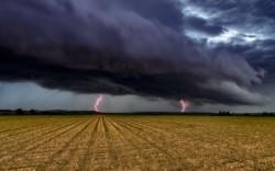 Un ciclon mediteranean va lovi România. Ce se va întâmpla cu vremea în următoarele săptămâni