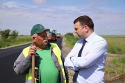 """Bîlcea: """"Drumul Neudorf – limită de judeţ Timiş,  finalizat în iunie"""""""