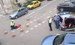 Biciclistă lovită de autoturism sub viaductul Grădiște