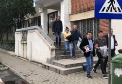 GROTESC! Pedofili reținuți la Arad pentru abuzuri sexuale asupra fetițe de doar 4 ani!