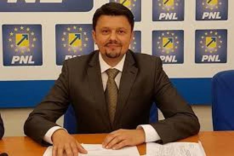 """Ionel Bulbuc : """"Scorul este 7-1 între Fifor și Căprar în războiul deșeurilor!"""