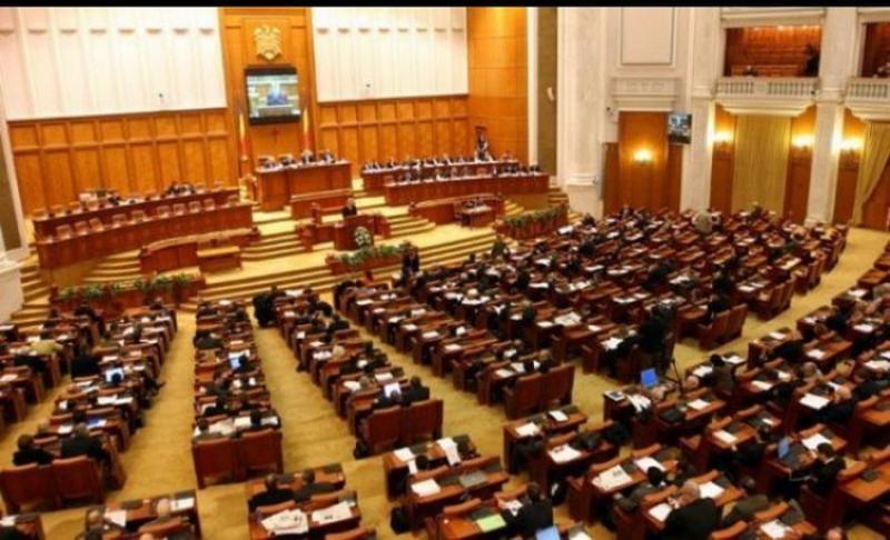 Azi se votează moțiunea de cenzură anti-Dăncilă! Opoziția are 204 voturi și speră să adune 233 de voturi să debarce guvernul