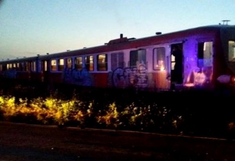 Microbuz plin cu oameni lovit de tren în județul Timiș