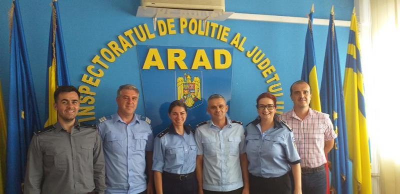 """Maiorul Pleșca George, """"vocea"""" ISU Arad a primit joi 20 iunie distincția pentru merite deosebite. Din acest an, pe 20 iunie se va sărbători Ziua Comunicatorilor MAI"""