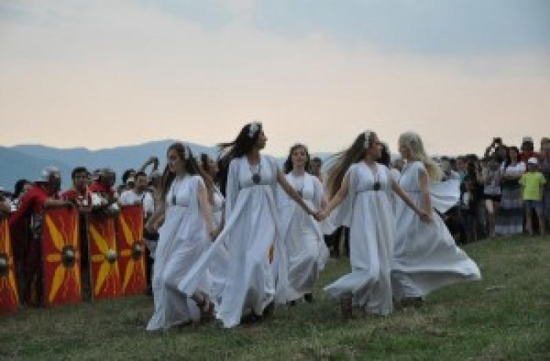 Luni 24 iunie românii sărbătoresc Sânzienele. Tradiții și obiceiuri
