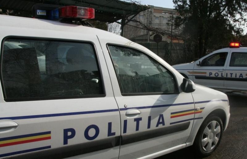 Un hoț de chilipiruri prins de polițiștii din Bârzava