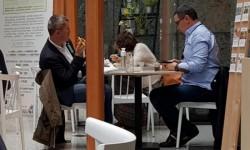 """Victor Ponta """"reevaluat"""" de Dan Barna la o cafeluţă la Bruxelles"""