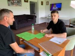 Costin părăsește UTA pentru Liga I! Mijlocașul a semnat cu FC Voluntari