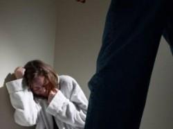 Femei bătute de soții lor au cerut ordin de protecție provizoriu