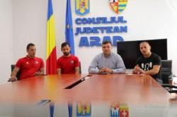 Sergiu Bîlcea: Continuăm proiectele cu tinerii Aradului!