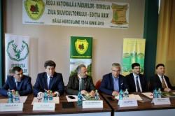 Silvicultorii români și-au luat angajamentul, de ziua lor, să planteze noi păduri pentru a atenua efectele schimbărilor climatice