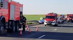 Accident pe autostrada Arad-Timişoara! Şapte persoane rănite! Trafic blocat!