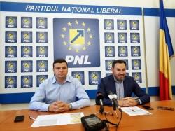 Primarul Gheorghe Falcă pleacă de la conducerea Primăriei Municipiului Arad  după 15 ani, şi îşi preia mandatul de europarlamentar