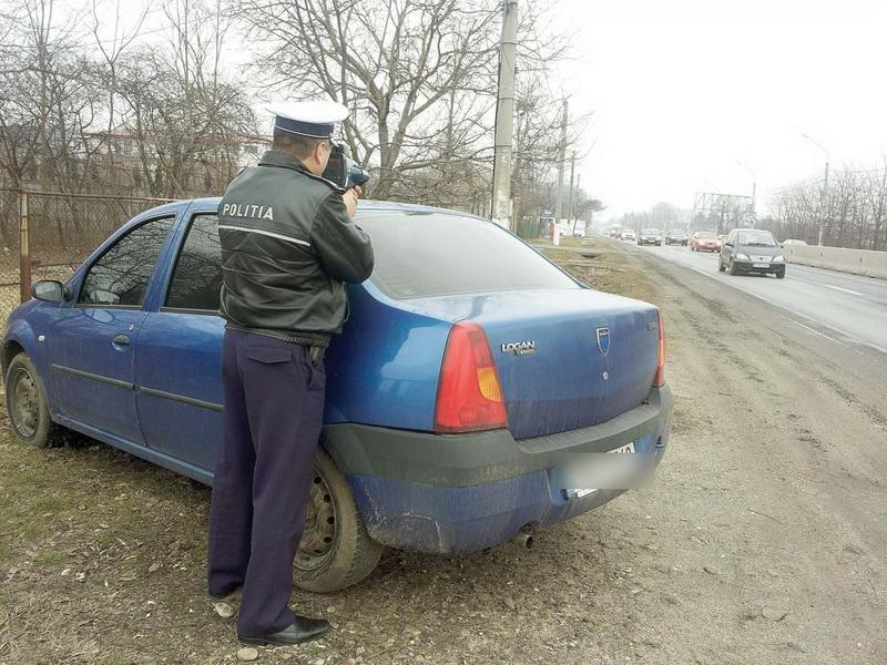Atenție șoferi! Bucuria n-a durat mult! Curtea Constituțională a dat verde, din nou, Poliției Rutiere să folosească radarele din mașini neinscripționate