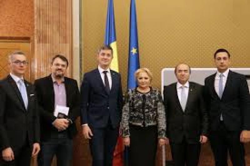 Dezvăluiri-bombă în presa central: Cum s-a îmbogățit liderul USR, Dan Barna, cu bani publici, din contracte cu guvernul PSD