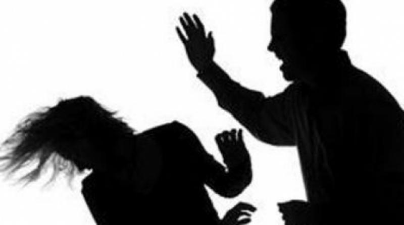A primit interzis la soție după ce a pălmuit-o și a amenințat-o că o omoară. S-a întâmplat în Vărădia de Mureș