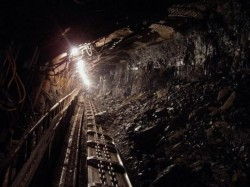 Exploatări miniere ilegale la Lipova
