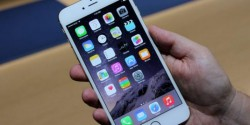 Ce a pățit o femeie care a furat un telefon mobil uitat într-o cabină de probă