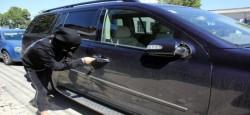 Au fost prinși hoții care au furat un portofel dintr-un autoturism, în noaptea de 29 spre 30 iunie