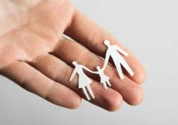 DGASPC Arad caută 10 părinți de suflet pentru copiii abandonați