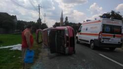 Cinci persoane au fost rănite la Semlac, în urma unui accident rutier