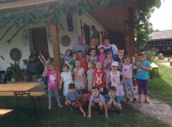 Preșcolarii de la Bambi au vizitat la Turnu, gospodăria țărănească autentică