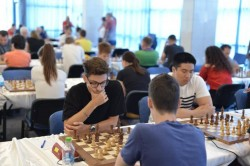 Primele mutări la Festivalul Internațional de Șah Arad Open