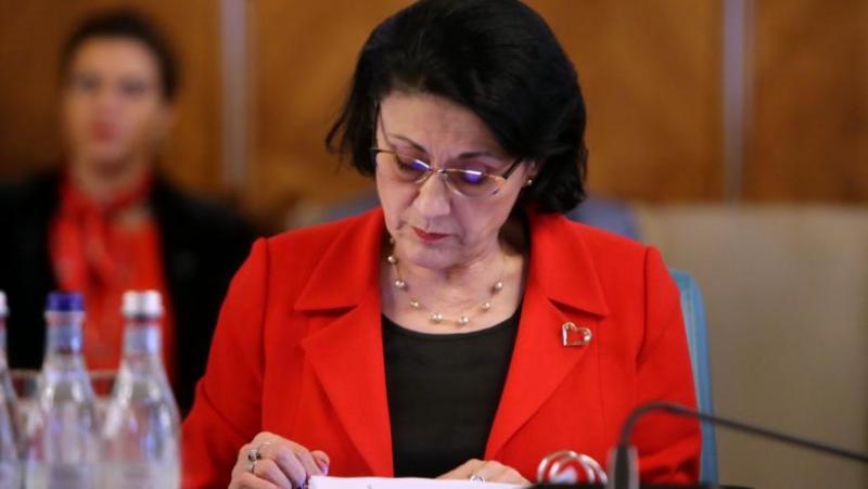 Ministrul Educației Ecaterina Andronescu a fost demisă din funcție. AFLĂ motivul demiterii