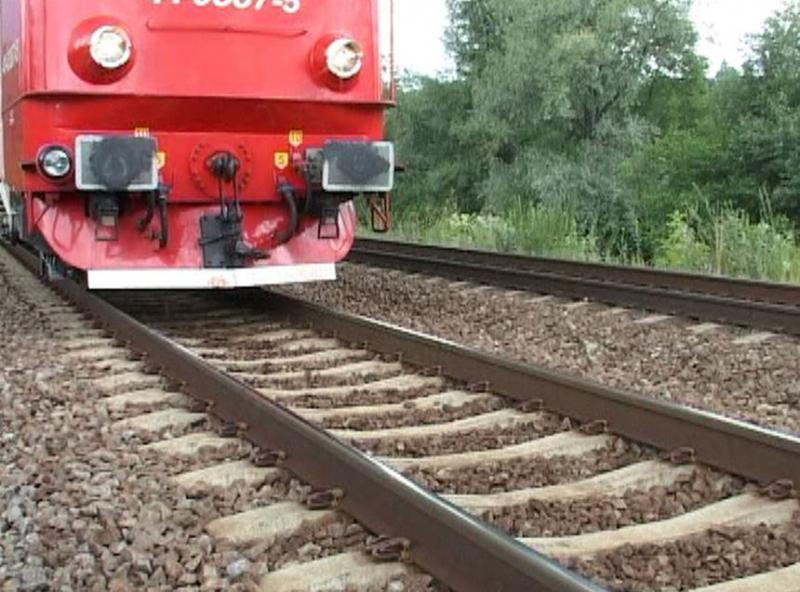 O persoană lovită mortal de tren, în apropiere de gara Ilteu. Se ia în calcul sinuciderea