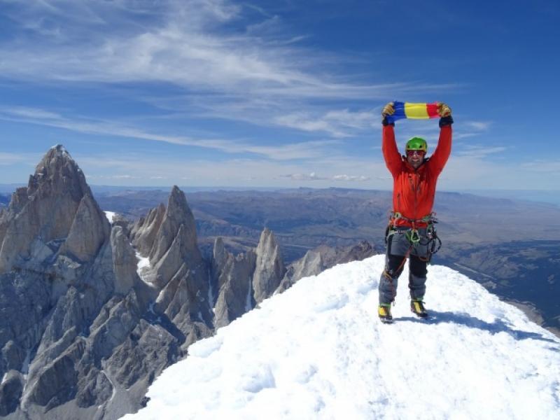 Alpinistul Zsolt Torok, decorat de președintele Iohannis