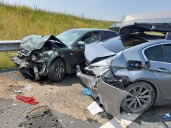 GRAV accident rutier pe Autostrada Vestului, cu 4 autoturisme implicate și 12 persoane rănite