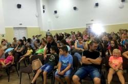 Motanul Încălțat a adunat peste 100 de copii în sala Cinematografului Grădiște