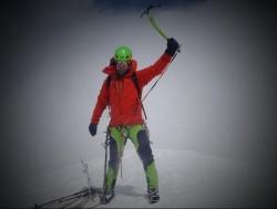 Trupul alpinistului arădean Zsolt Torok a fost coborât de pe munte de salvamontişti sibieni