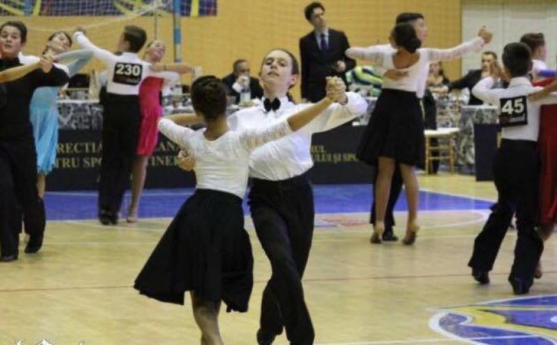 """Concursul național de dans sportiv """"Cupa Ballroom"""", ediția a X-a, la Arad"""