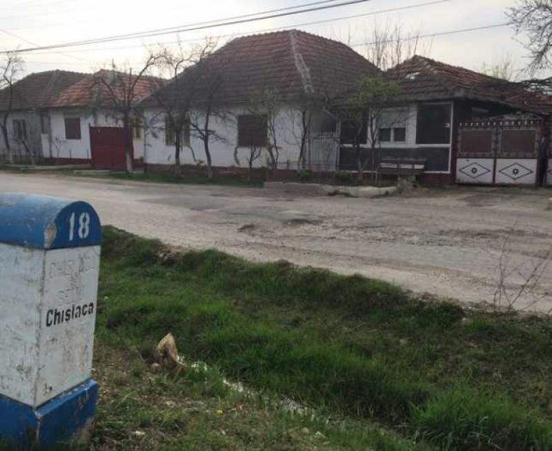 Consiliul Județean Arad, nevoit să plătească pagubele unei avocate care și-a rupt mașina pe DN 79