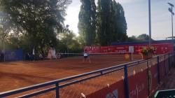 Semifinală tricoloră pe zgura de la Arad