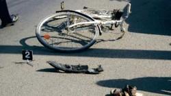 Accident cu un biciclist lovit în Sântana