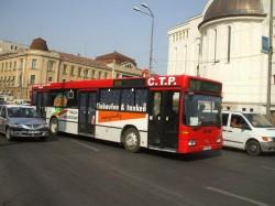 De luni, 30 septembrie, se modifică programul transportului în comun pe anumite rute din judeţul Arad