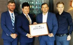 """Iustin Cionca a dus la Chișinău distincția """"Unire și Credință"""", viceprim-ministrului Republicii Moldova"""