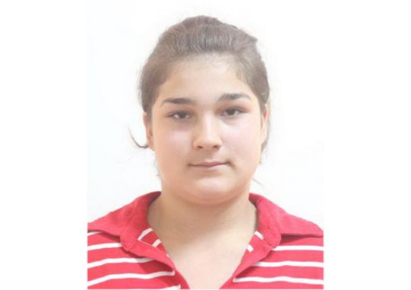 Tânără de 15 ani  dispărută de două săptămâni! Dacă o vezi, sunați urgent la 112!
